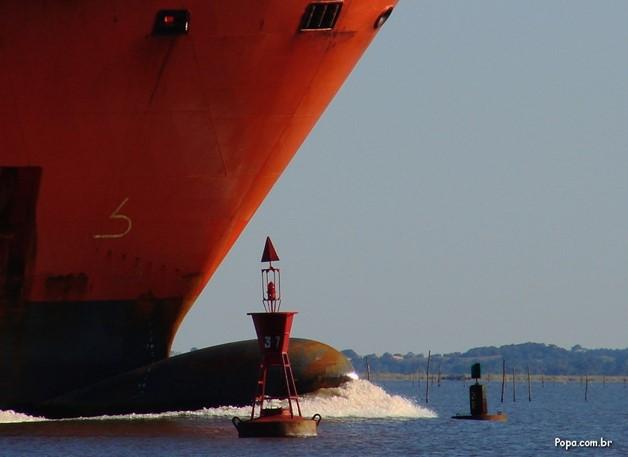 Viaje a bordo do navio APOIE - Bilhete para passagem é sua doação