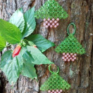 Enfeite Natalino - Mini Árvore de Natal é muito mais que um simples adorno! Um enfeite gracioso jamais visto por alguém!