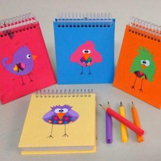 Bloco P Pássaros Animados é uma exclusividade APOIE! Mais que uma coleção única e multicolorida foi feita para agradar tanto ao público infantil, quanto ao adulto.